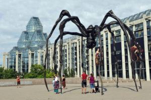 паук-памятник-Оттава