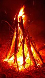 красный-пламя