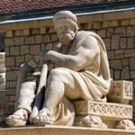 Памятник Асклепию в Есентуках